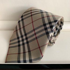 Classic Cut Burberry Men's Nova Check Tie